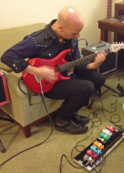 PJ Zitarosa checking out Mooer micro pedals
